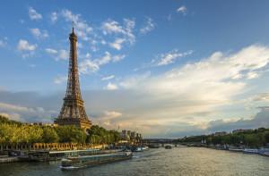 Vamos para Paris. O guia mais completo de Paris.