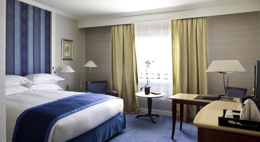 Hôtel  Sofitel Paris La Défense