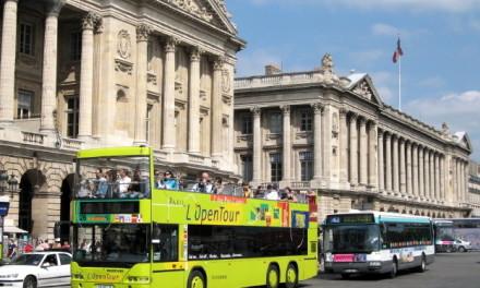 Tour de ônibus em Português